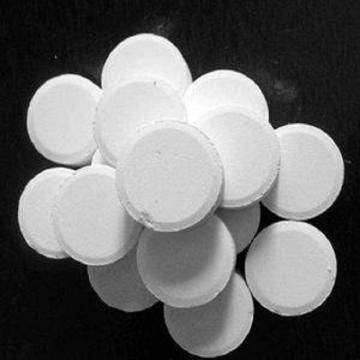 Cya Cyanuric Acid 98.5% Min., for Water Treatment